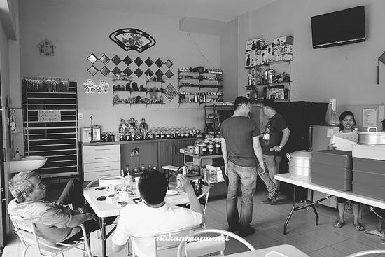 Kedai kopi Aeng Cemara Asri Medan