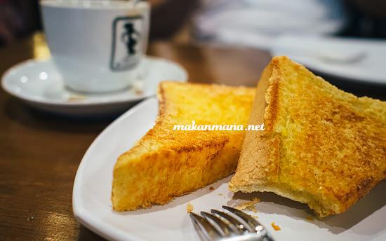 roti bakar keju warung kopi srikandi Warung Kopi Srikandi, Plaza Medan Fair