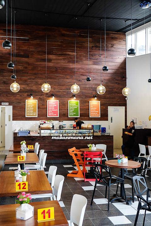 Makanmana new york cafe medan