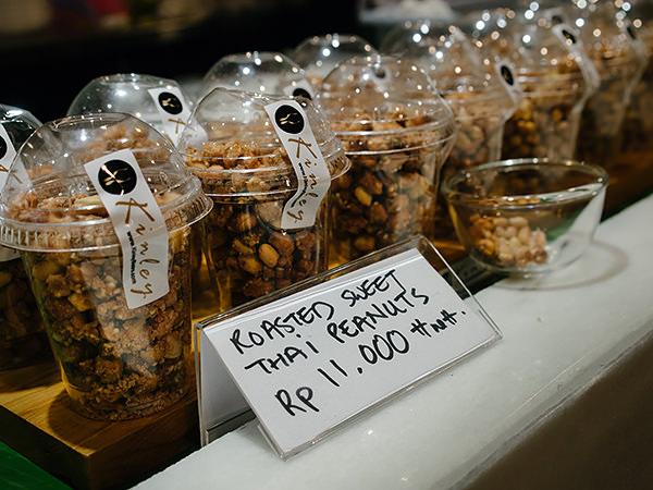 roasted sweet thai peanuts