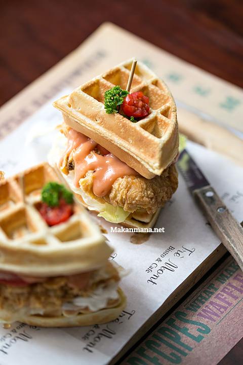 fried chicken waffle sandwich