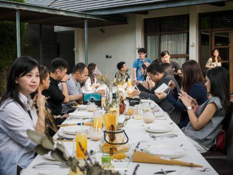 truffle gathering