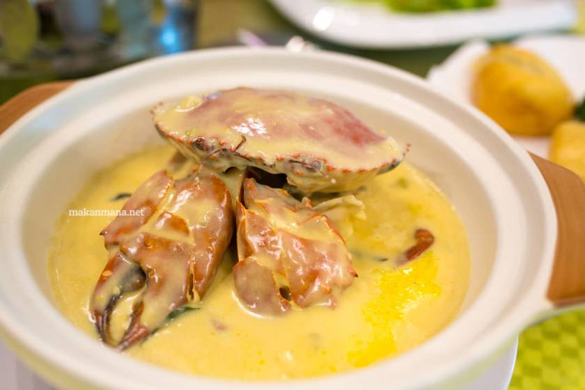Kepiting saos cream (IDR40/ons)