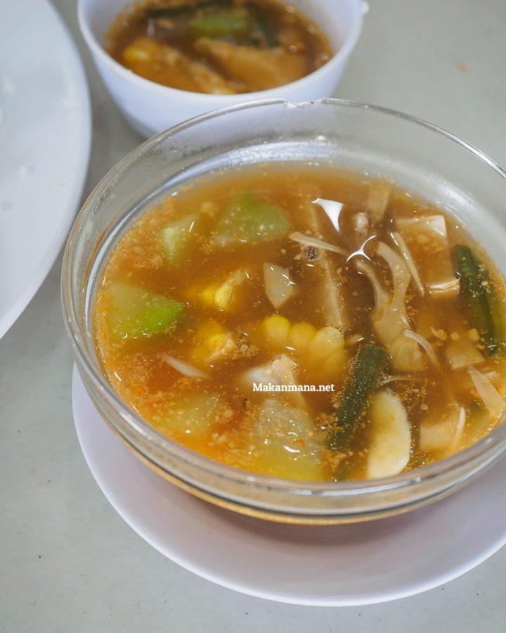 Ayam Goreng Karawaci, Dari Jawa ke Medan 6