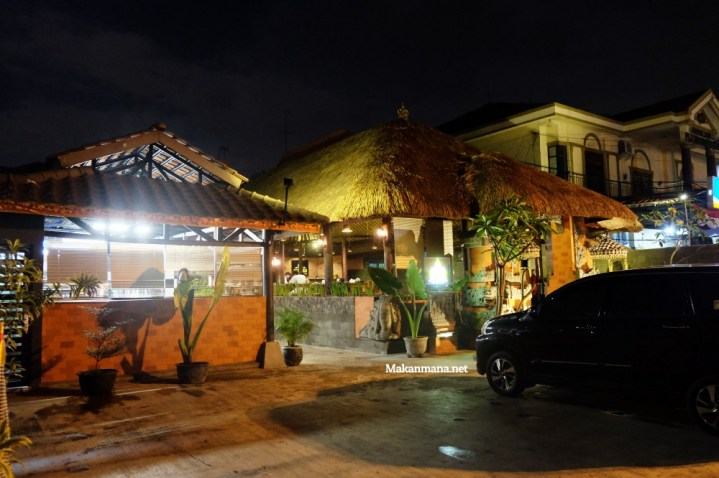 Gak usah sampe ke Bali untuk rasain sedapnya Babi Guling Bu Wayan 5
