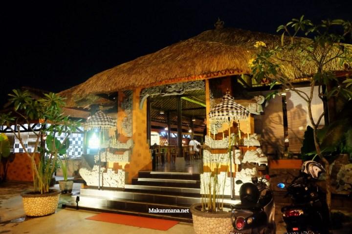 Gak usah sampe ke Bali untuk rasain sedapnya Babi Guling Bu Wayan 3