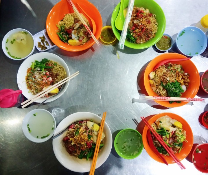 We made Mie Pangsit Guide at Jalan Mandala, because it's so confusing! 2