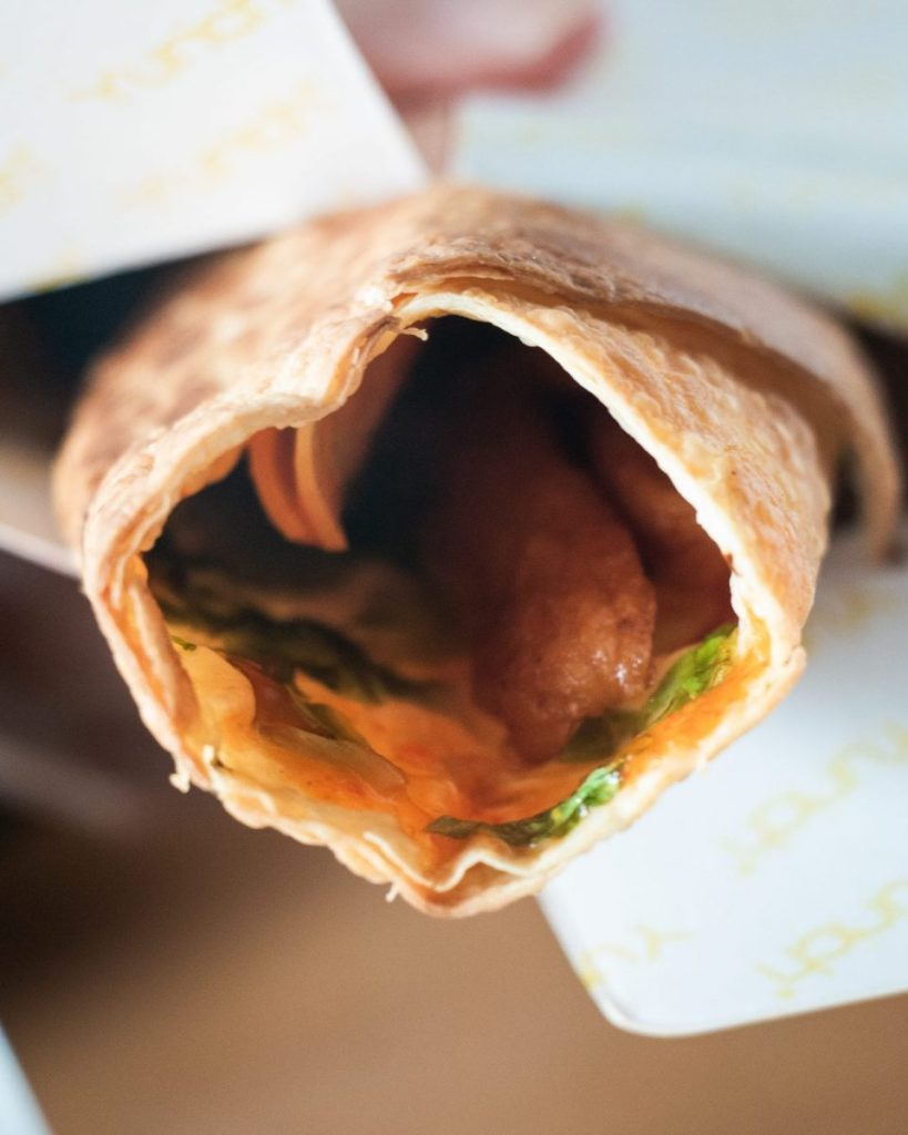 Martabak Yurich dan Kebab House, konon pelopor martabak Gulung & Hitam 16