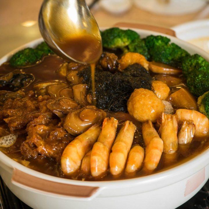 Regale Palace Restaurant: Sebuah Tradisi Makan Malam Imlek 8