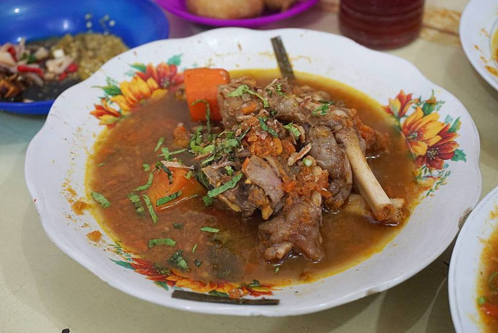 sup kambing kumango kuliner medan