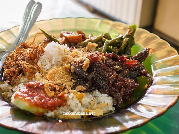 nasi gurih nasi lemak nusa indah kuliner medan