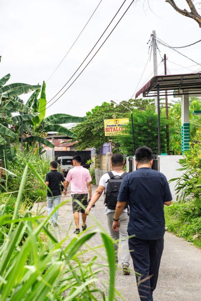 Pondok Makan Sitalolo - Ternyata Begini Kuliner Tepi Danau Khas Batak! 3