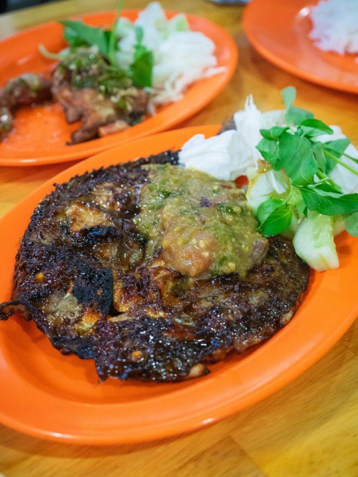 Ayam Pecak Joko Moro - Pedasnya Endes! 10