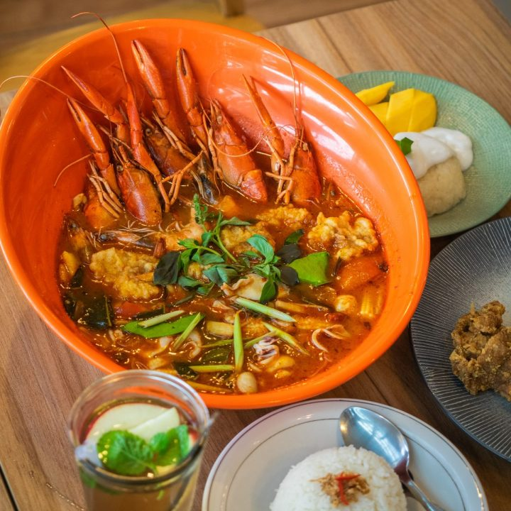 Nikmatnya 5 Kuliner Khas Thailand di Gang Aroy 7