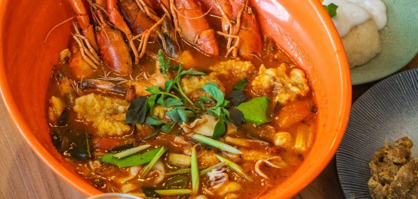 Nikmatnya 5 Kuliner Khas Thailand di Gang Aroy 1