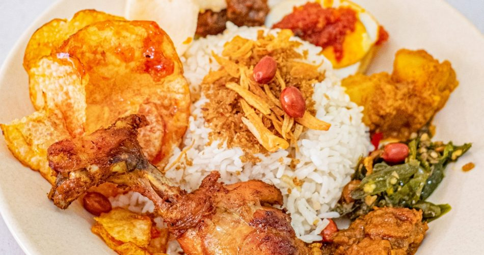 Awalnya Iseng Cobain, Sekarang Ketagihan Nasi Lemak Aceh—Kok Bisa? 1
