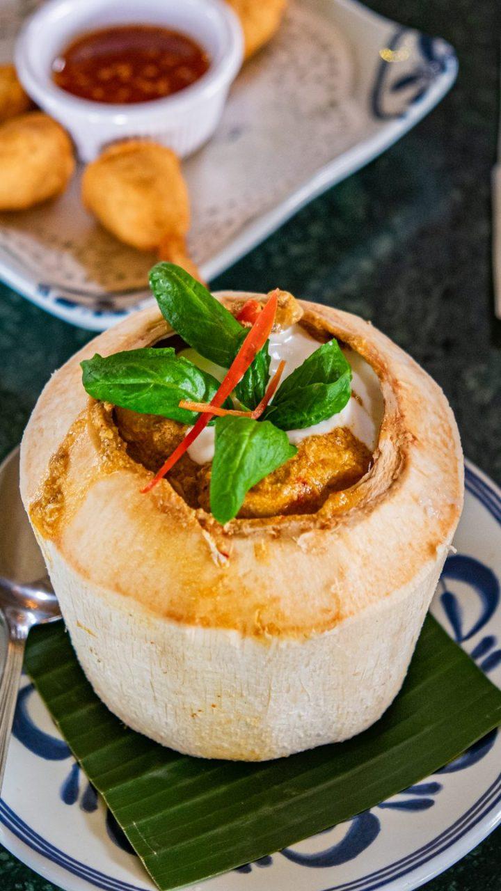 Please Deh! Makanan Thailand Itu Nggak Cuma TomYam! 11