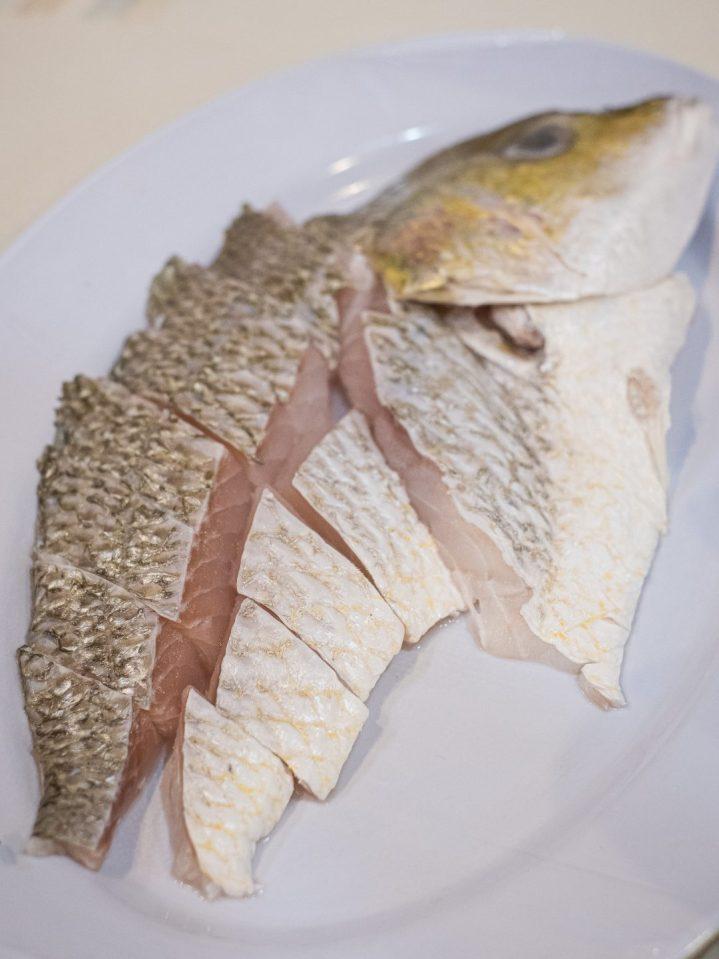 Renovasi RM AdoeA Seafood Restaurant yang Mengejutkan di awal tahun 2020. 11