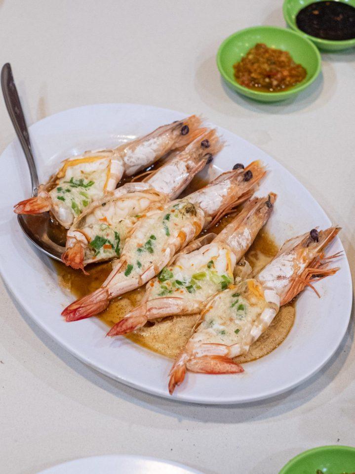 Renovasi RM AdoeA Seafood Restaurant yang Mengejutkan di awal tahun 2020. 23