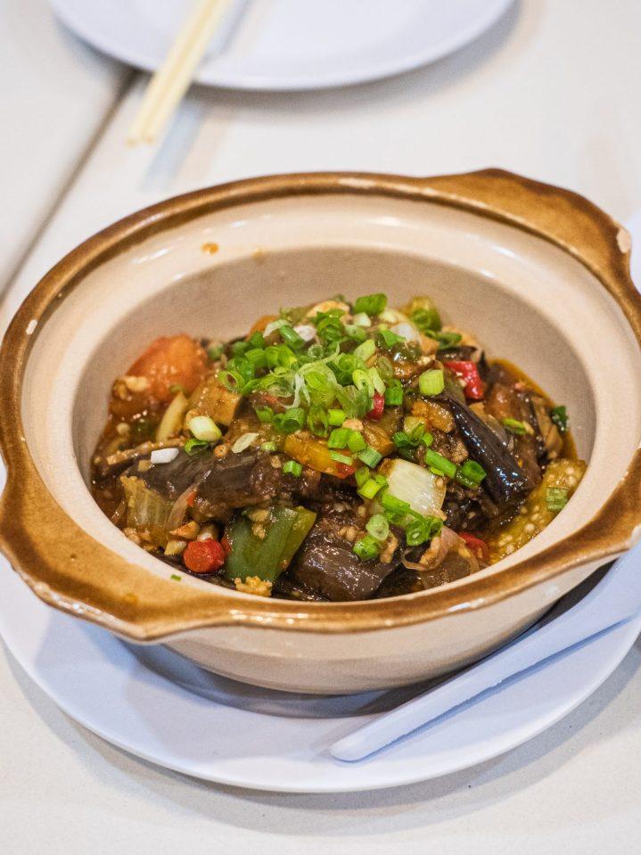 Renovasi RM AdoeA Seafood Restaurant yang Mengejutkan di awal tahun 2020. 27