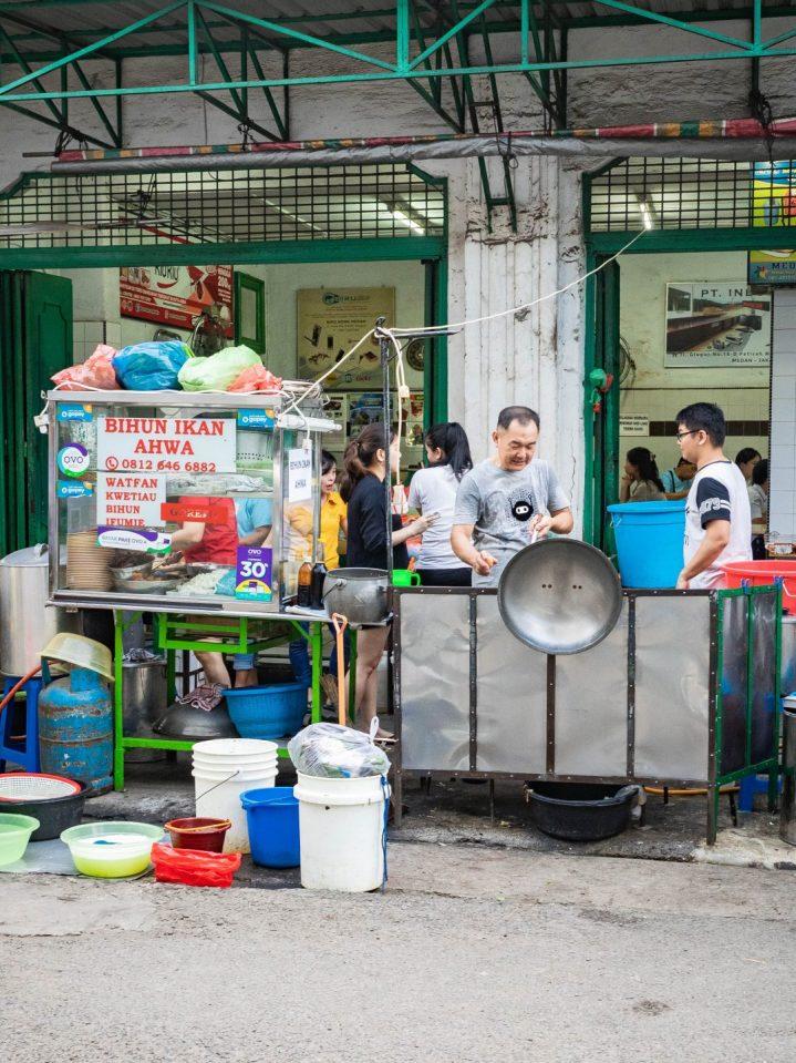 Sudah Eksis Satu Abad! Ju Hong Kotacane—Kopitiam Paling Tua di Medan? 11
