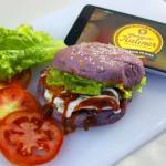 Wow Ada Burger Ungu di Lapurple Burger