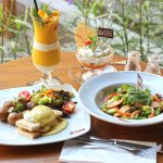 Ayo Breakfast and Lunch di Black Canyon Coffee Monginsidi dengan Varian Menu Sehat