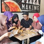 Nikmatnya Santap Bareng Premium Grilled Steak Pizza dari Pizza Hut Delivery (PHD)