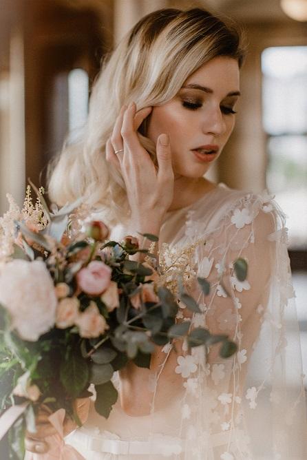 Make-up and hair styling von Braut Visagistin Dina K