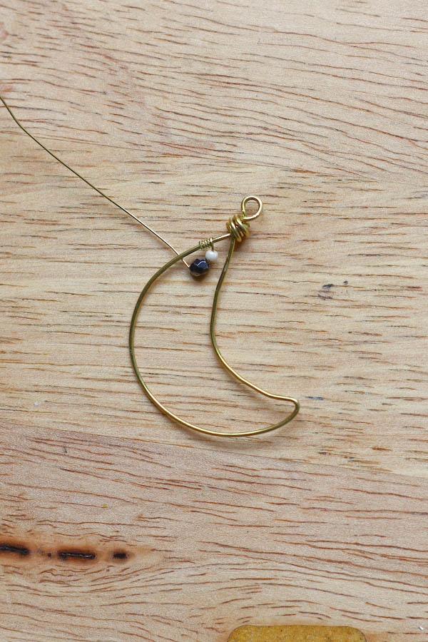 Crescent Moon Necklace DIY