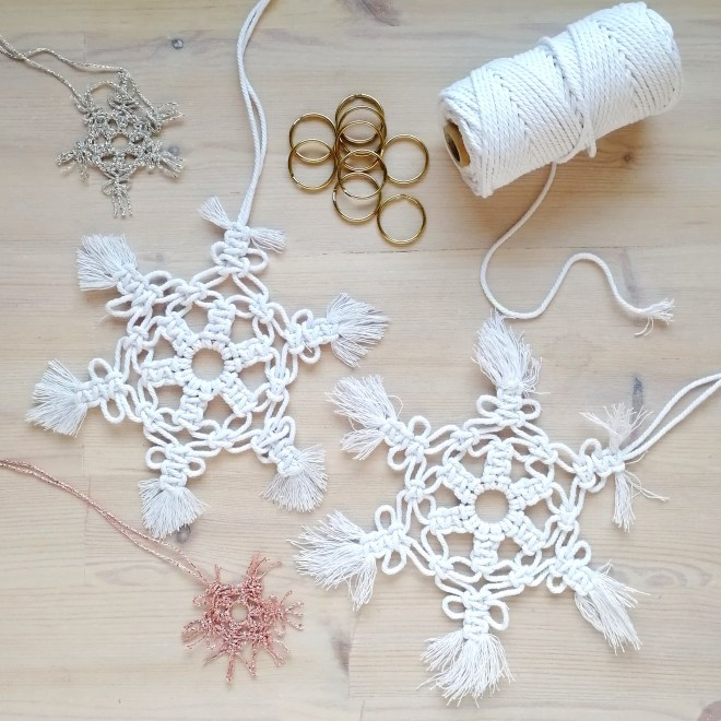 Large and mini macrame snowflakes, DIY tutorial by Make and Fable
