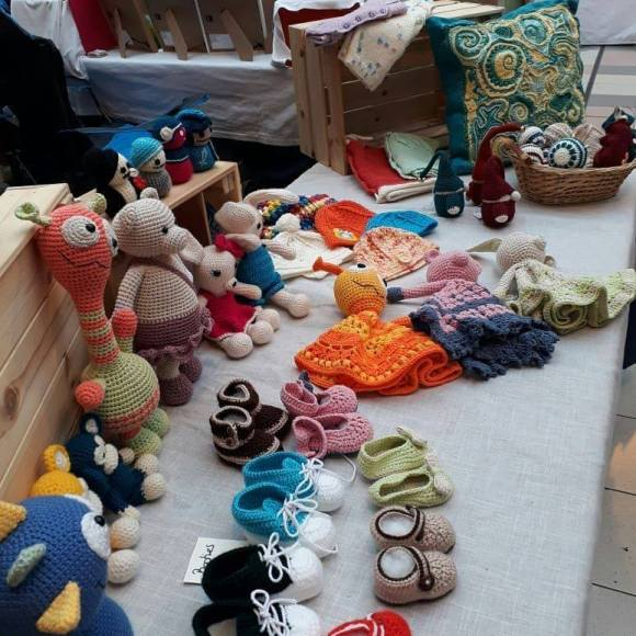 Crochet toys, childrens clothing and home accessories by kirpito.