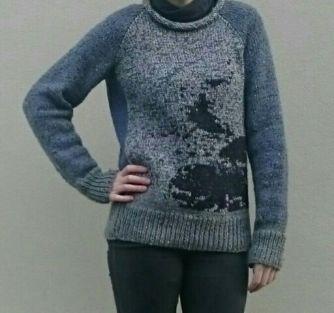 Intarsia Raglan Sweater
