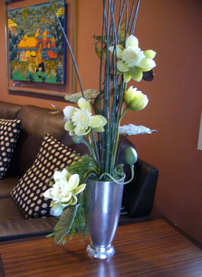 Contemporary Silk Floral  Artificial Flower Arrangements