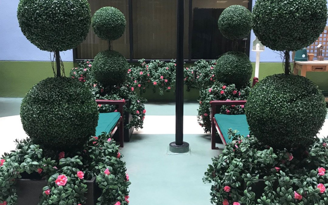 VA San Diego, Exterior Courtyard Faux Plants