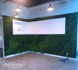 Kinecta-artificial-green-wall-install