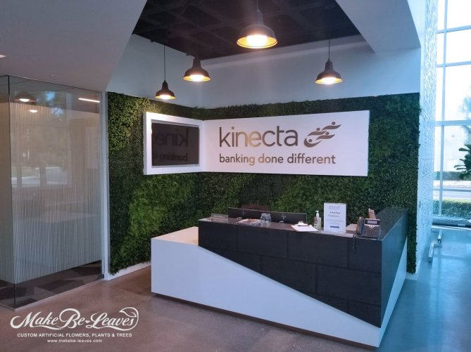 Kinecta-artificial-green-wall