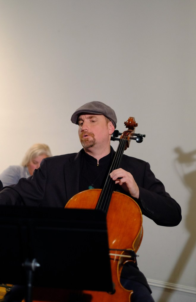 Cellist David Eggar