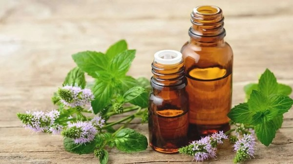 peppermint oil for cleaning