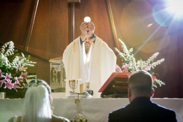church_wedding_01