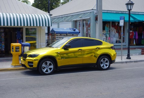 GoldCar1