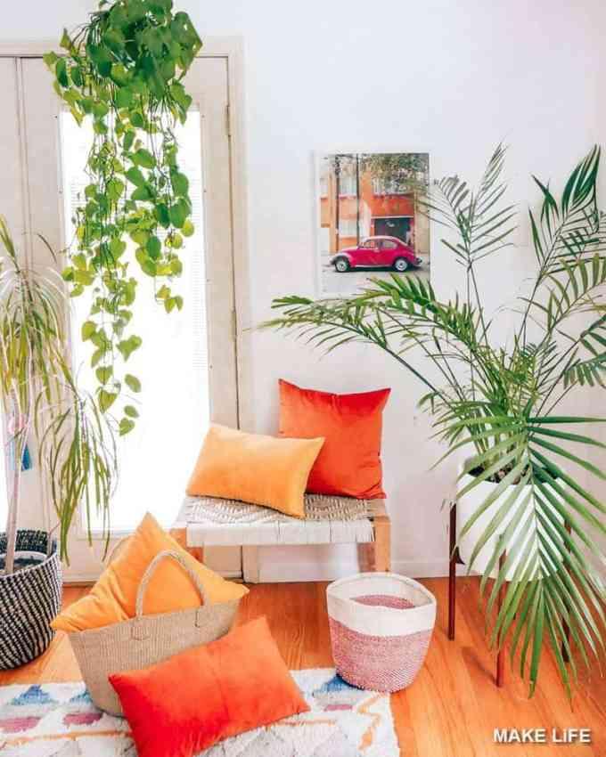 velvet pillows - Έτσι θα εντάξεις το βελούδο στη διακόσμηση του σπιτιού σου