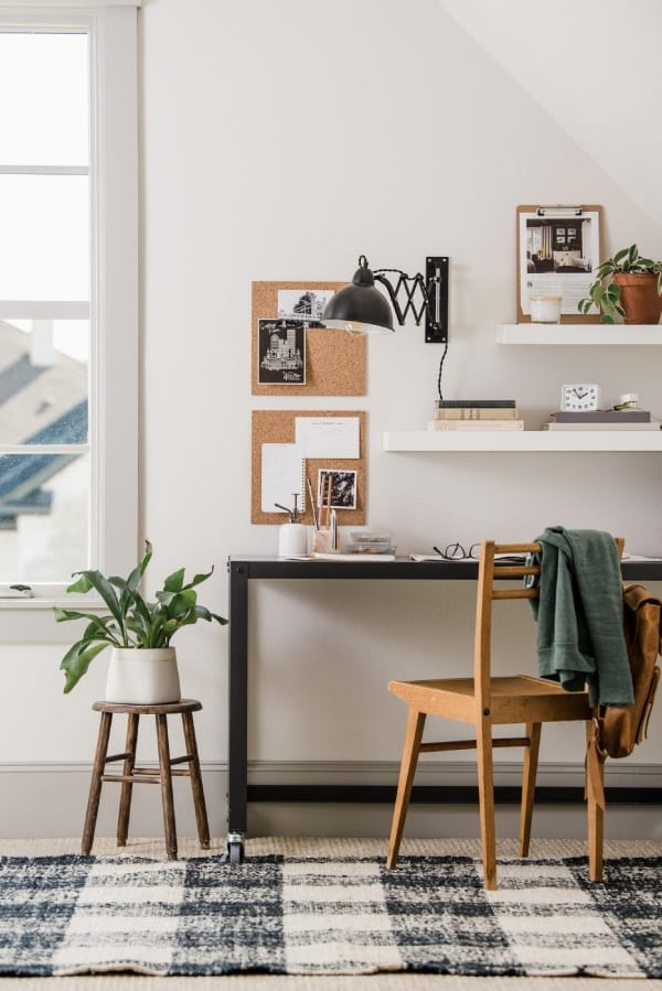 home office decoration 2 - Πως να δημιουργήσεις έναν εμπνευσμένο χώρο γραφείου στο σπίτι