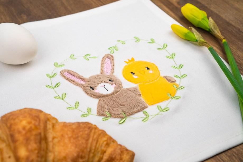 Stickdatei Häschen mit Küken zu Ostern