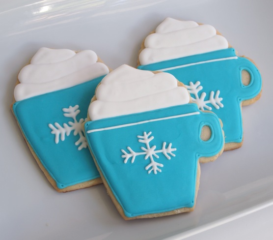 Simple Cookie Designs: Holiday Happiness in a Cocoa Mug Cookie