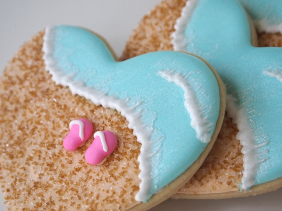 Summer Lovin' Beachy Heart Cookies!