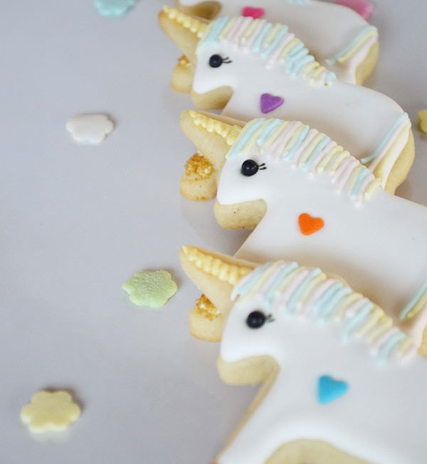 Magic & Sparkles! Unicorn Cookies
