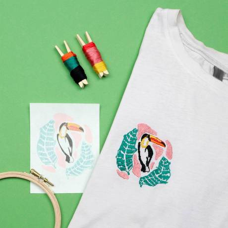 KIT-BRODERIE-DIY-TOUCAN-MAKE-ME-STITCH