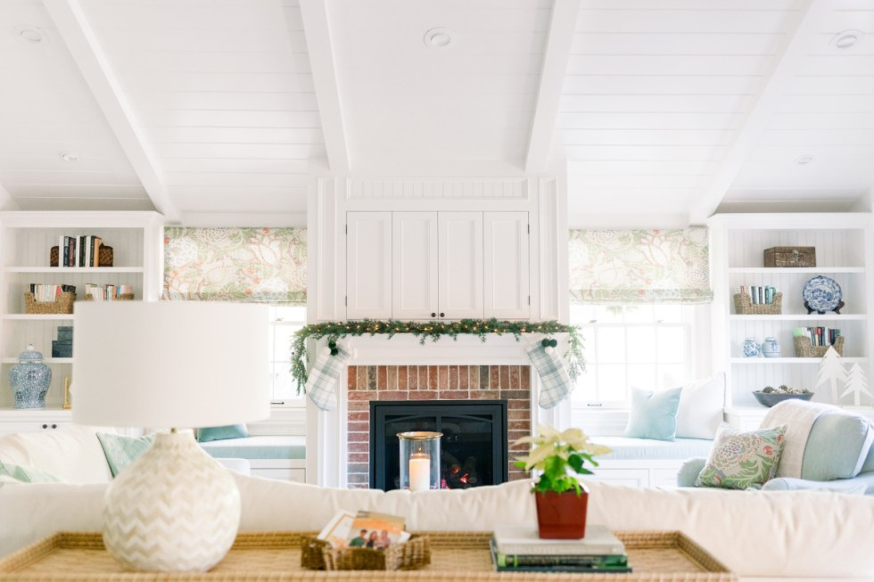 Fireplace Mantle with Garland