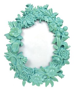//www.kaboodle.com/reviews/bouquet-of-flowers-oval-picture-frame-aqua-by-growing-veip